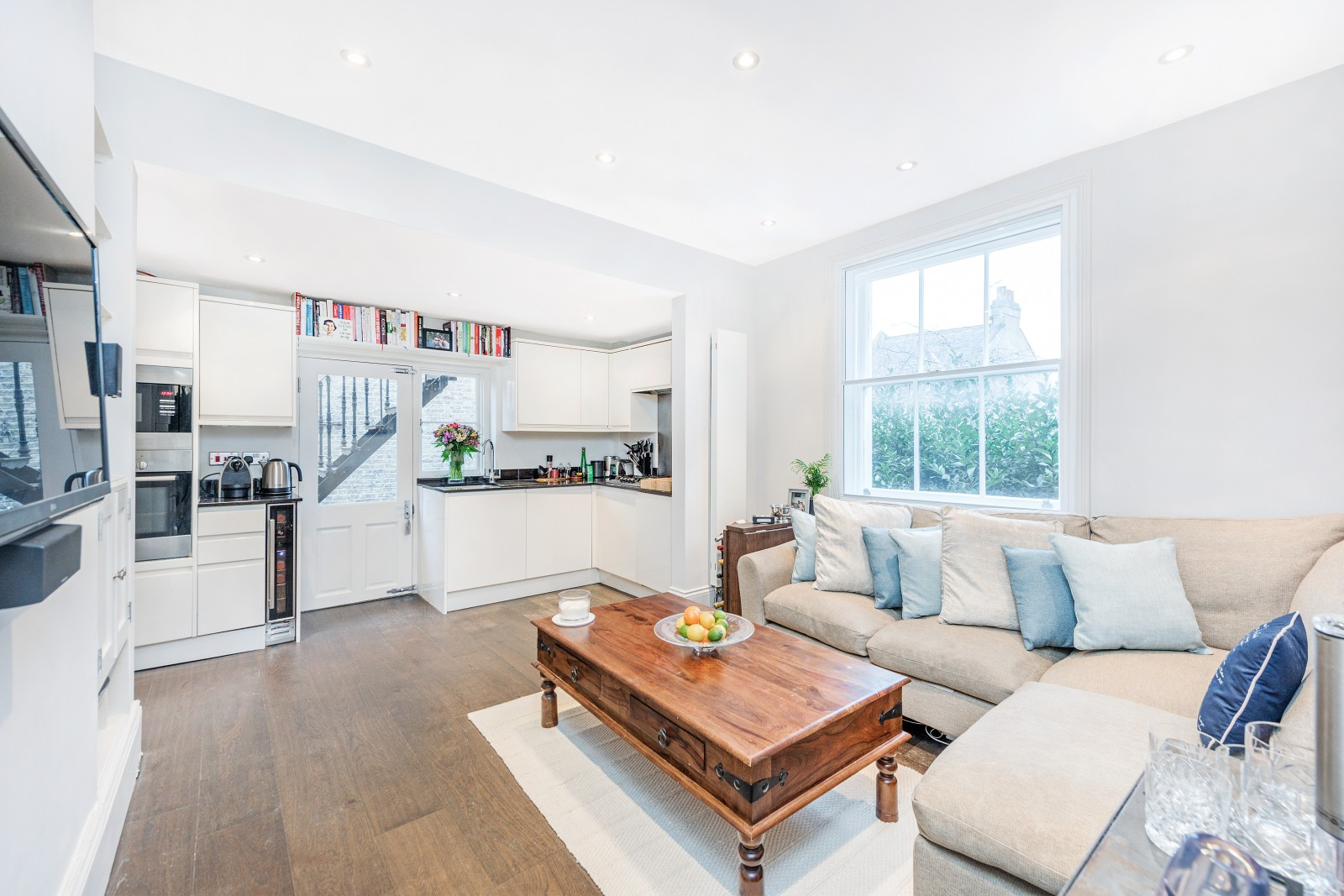 Wandsworth Bridge Road, SW6 - £649,950